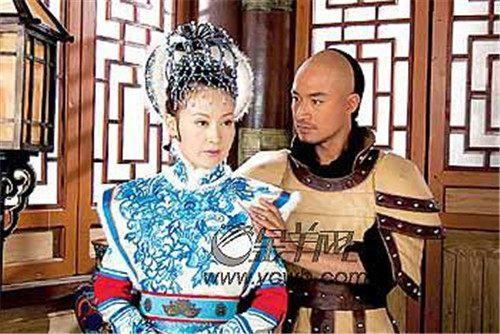 末代皇帝溥仪为何不能生育?宫女们很喜欢在床上,和他玩一个游戏
