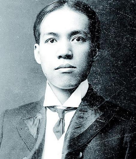 梁启超、袁世凯,一个红脸,一个白脸,就这么让国会先选总统了