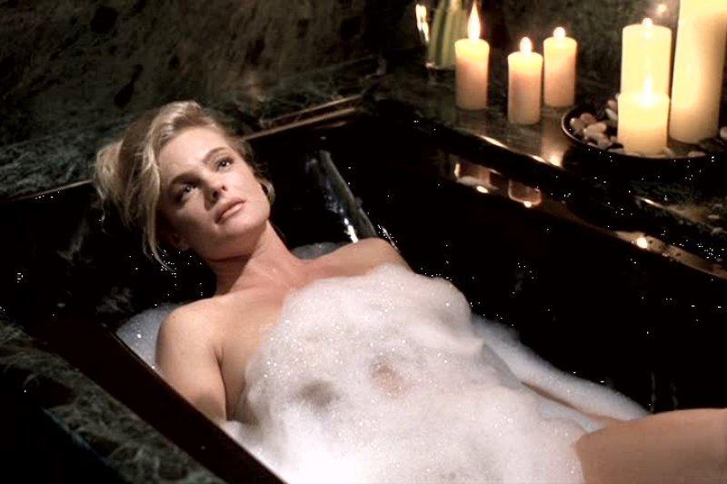 """""""羊臊般体味媲美千军万马、势不可挡!""""法国人真的不爱洗澡吗?千古迷思大解密"""